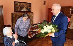 Więcej o: Dnia 30 marca 2016r. mieszkanka miejscowości Flisy Pani Katarzyna Flis  obchodziła swoje 100 urodziny.