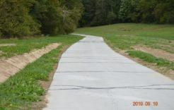 Więcej o: Utwardzenie dna iodwodnienie wąwozu lessowego wciągu drogi gminnej nr113570L – odbiór drogi